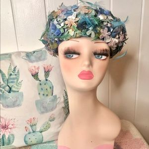 Vintage 1960's velvet floral hat with feathers